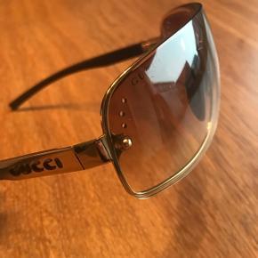 Brune Gucci solbriller - aldrig brugt! Oprindelig pris 2350,-