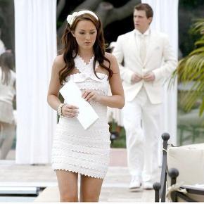 Sælger denne smukke kjole fra Marc Jacobs - Den selvsamme som Blair Waldorf havde på i Gossip Girl. Der er stadig prismærke på 🙂