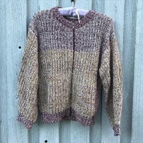 #secondchancesummer🌞  Lækker grovstrikket cardigan fra Etoile Isabel Marant. Str svarer til 38/40