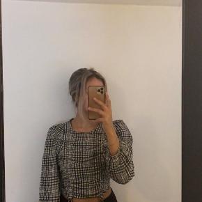 Bershka bluse