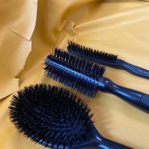 Børste sæt - prøvet en gang og vasket 😊 Sælges samlet - nypris ca. 350 kr - sælges for 150 kr