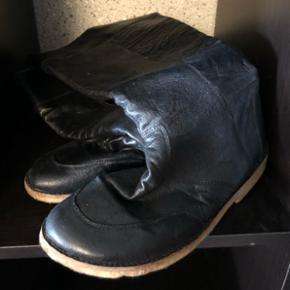 Bugatti læderstøvler str 40. Brugt 4 gange.