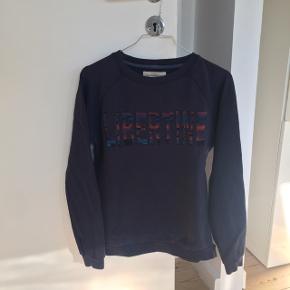 Lækker sweatshirt fra Libertine-Libertine! Str XS, men jeg bruger selv normalt S.