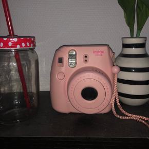 Instax mini  9 kamera Billedealbum og 20 film medfølger!!  550kr for alt samlet