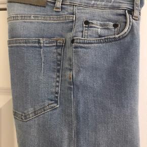 Lækre Won Hundred jeans med meget stretch.   Light blue Str 26/32