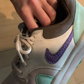 Nike air max Safari; sælges ikke mere. Købt for 2 år siden. God stand. Trænger til ny ejer :-)