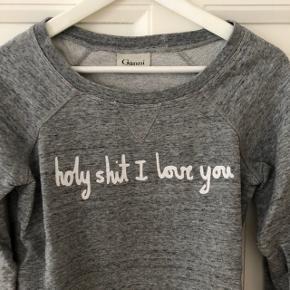 Ganni sweater str. S. Lidt lille i størrelsen. Nærmest ikke brugt.