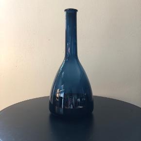IKEA Stockholm vase/karaffel   Små rids på glasset; se billedet   ———————————————————————