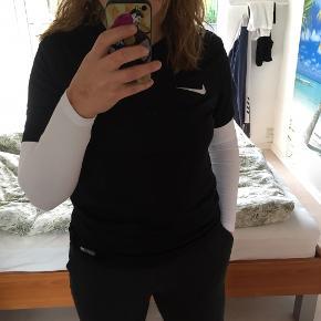 Dri-fit Nike t-shirt, str. medium