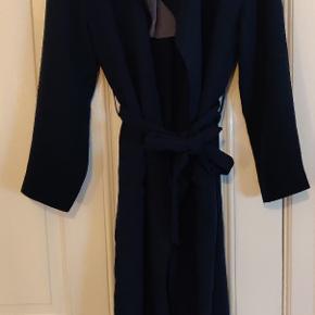 Soaked in Luxury frakke