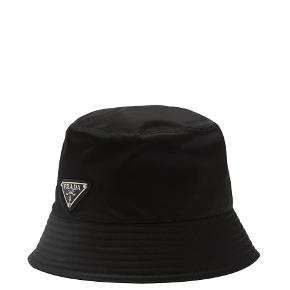 Prada hat & hue