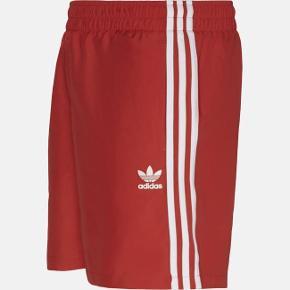 Adidas badeshorts