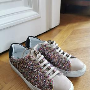 & Other Stories sneakers