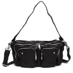 Alimakka taske fra Nunoo. Er i god stand, men mangler dog en lås, som ses på billedet 😇