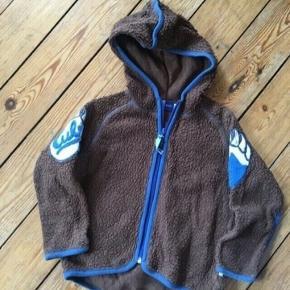 Molo fleece jakke str 104 - fast pris -køb 4 annoncer og den billigste er gratis - kan afhentes på Mimersgade 111 - sender gerne hvis du betaler Porto - mødes ikke andre steder - bytter ikke