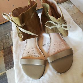 Sargossa sandaler