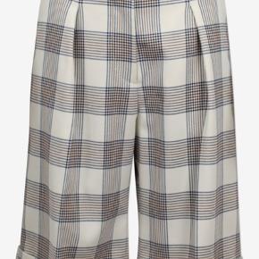 Baum und Pferdgarten shorts