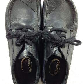 Jacoform klassiker, kun brugt få gange. Der i står str. 6 i skoen, svarer til str. 39-40.