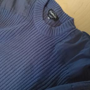 Retro sweater fra værnepligt.