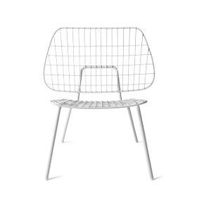 moderne og flot stol fra danske Menu. Ny med mærke. Nypris 2000,- sælges for kun 700,-