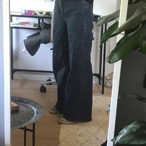 Mega fede baggy bukser lidt slidte i bunden !byd!