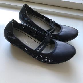 Marco Tozzi heels