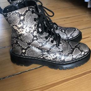 La Strada støvler