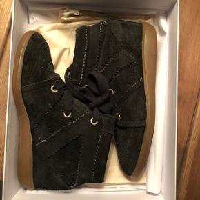 Fine Isabel Marant støvler i sort. Rigtig god stand. Skriv PB for flere billeder. BYD.