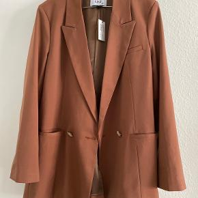 LÏST Store blazer
