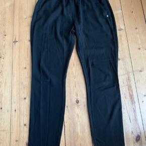 Pæne bukser fra Plus Fine