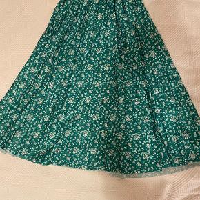 RESERVED nederdel