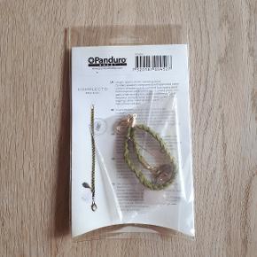 Panduro hobby creations.  Lav selv armbånd.  Hentes i Roskilde eller sender med DAO mod betaling af fragt.