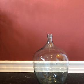 Vase 50cm høj 35cm i diameteren