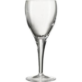 Glas, Hvidvinsglas, Luigi Bormioli Michelangelo. Linea hvidvinsglas i krystal uden bly. Helt nye og ubrugte i originalemballage. Jeg har 2 kasser á 6 stk. De er slanke og elegante - og også velegnet som cocktaiglas. Indhold: 19 cl. Højde: Cirka 16,5 cm Diameter: Cirka 6,5 cm Nypris pr. stk i Imerco: 70 kr. Jeg sælger 6 for 200 kr. (under halv pris :-)) Se eventuelt min anden annonce med 6 rødvinsglas i samme mærke!