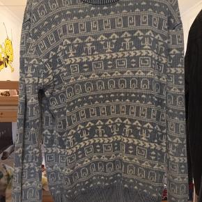 Soulland sweater Nypris: 800,-