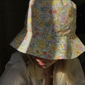 Studio Onyva hat & hue