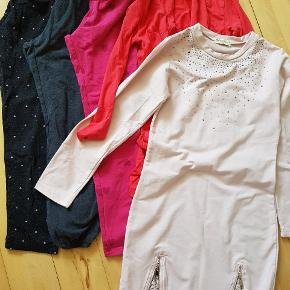 Tre par bukser/leggings/natbukser (to par er str 140, et par er str 134/140, alle er fra H&M) - brugte. Cardigan fra D-XEL, str 8, men stor i størrelsen - aldrig brugt. Kjole fra Papillon, str 12, men lille i størrelsen - næsten ny.