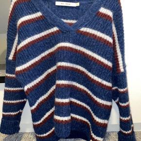 Sælger den fineste uld trøje, da jeg har fortrudt mit køb:)