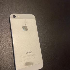 iPhone 5s Har en del ridser/brugsspor, sælges derfor billigt.  Har ingen oplader til den.  16GB