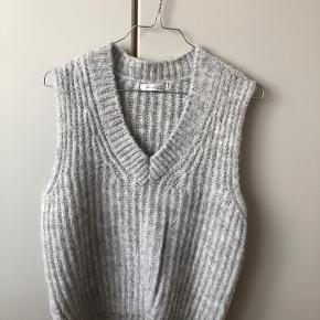 Designby Si vest