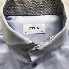 Eton skjorte, str 42 16 1/2 slim fit   Nypris 1-1.100 kr.