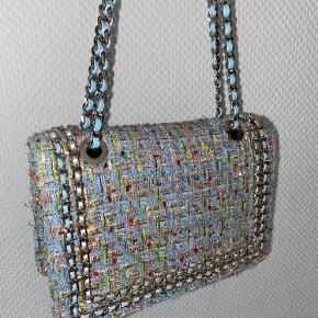 Gina Tricot Taske i PERFEKT stand! Kan bruges som skulder taske og crossbody