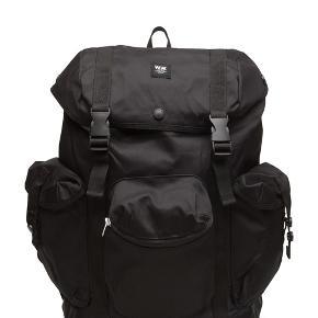 Wood Wood Mills backpack i sort. Aldrig brugt. Nypris 1000 kr. Seriøse bud modtages gerne :-)