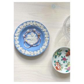One Vintage porcelæn