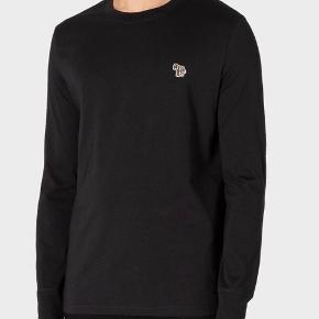 Paul Smith langærmet T-shirt i sort. Brugt en gang. Står som ny. Økologisk bomuld. Febra logo. Købt i feb 2020   Black Organic-Cotton Zebra Logo Long-Sleeve T-Shirt