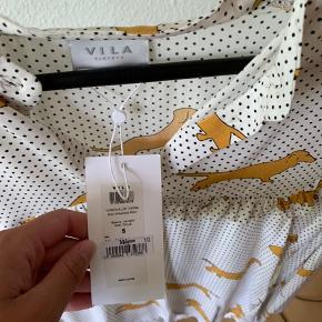 Helt ny skjorte fra VILA i str S.