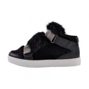 Sælger mine støvler fra Sofie Schnoor, da jeg ikke får dem brugt😁