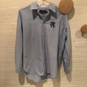 Vildt fed skjorte fra Ralph Lauren. Boyfriend fit. Str M. Aldrig brugt og fremstår derfor som ny. Nypris 800kr