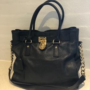 Fint taske - brugt lidt ...