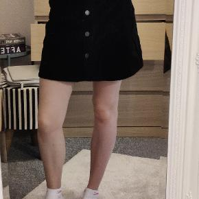 Noisy may nederdel